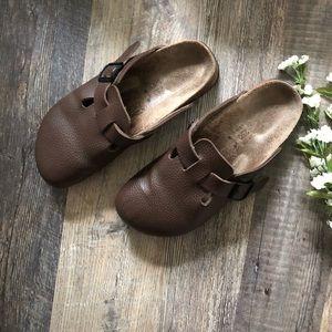Birkenstock Birkis | Brown Leather Boston Clogs